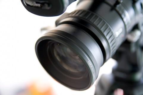 ビデオカメラレンズ