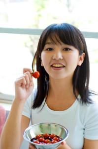 トマト女性