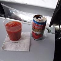 トマトジュース機内